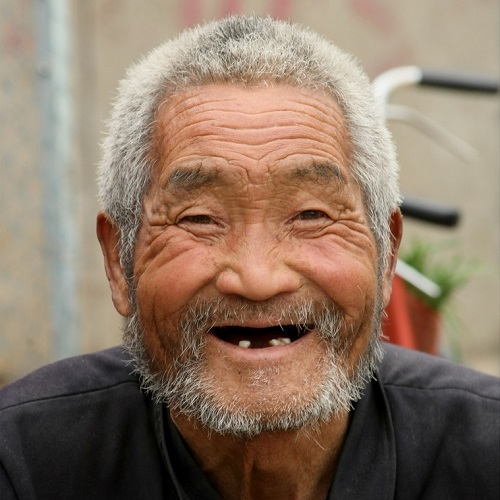 老头头像高清大�_怪老头儿高清头像图片:鬓发尽皤然,眉分白雪鲜